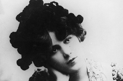 مرگبارترین مدهای زنانه در طول تاریخ