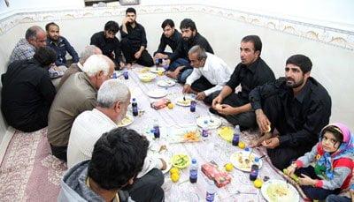 آئیین نذری در روستای نظرآقا در استان بوشهر