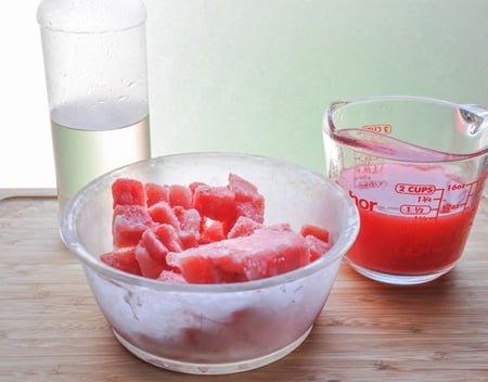 مواد لازم برای تهیه یخ در بهشت هندوانه