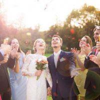 پوشیدن این لباس ها در مراسم عروسی ممنوع